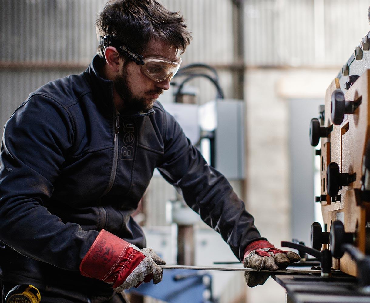 Principle-Brand-Design-Metalworks-Engineering-Shearflint-workshop-1220